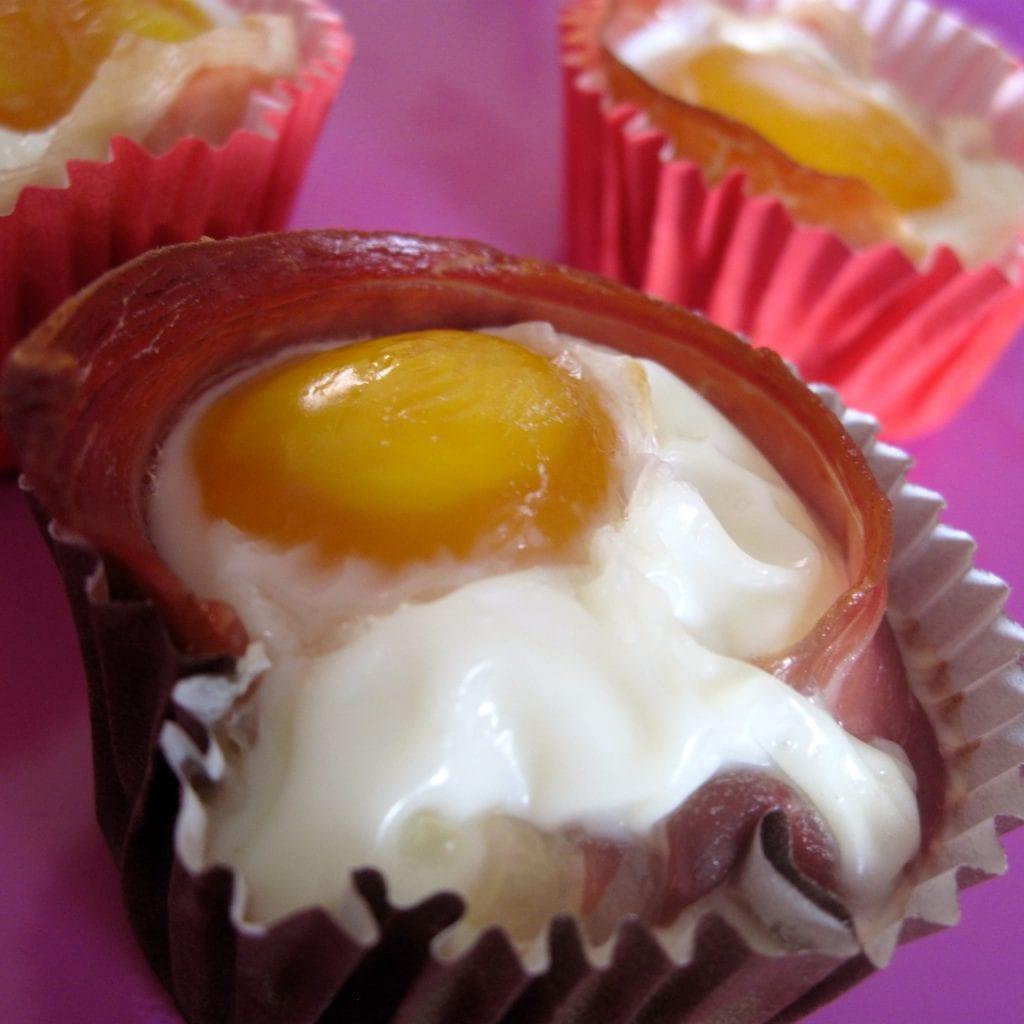æg, bagte, parmaskinke, opskrift