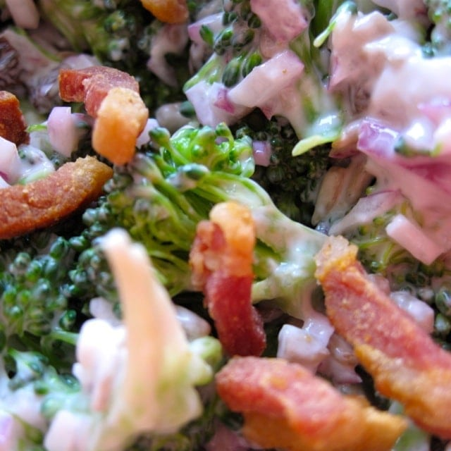 katrines broccolisalat, broccoli, opskrift