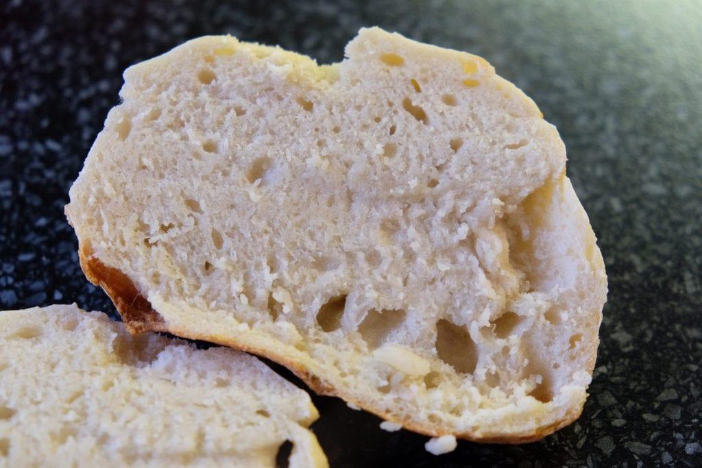 boller, opskrift, langtidshævede, bagt, hjemmebagt, lækkert, sprødt, brød,