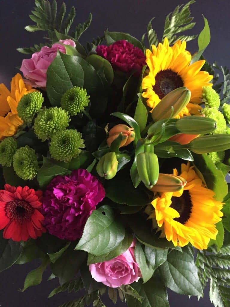 9 dage under sygehusets vinger, blomster, sygdom, operation, god bedring