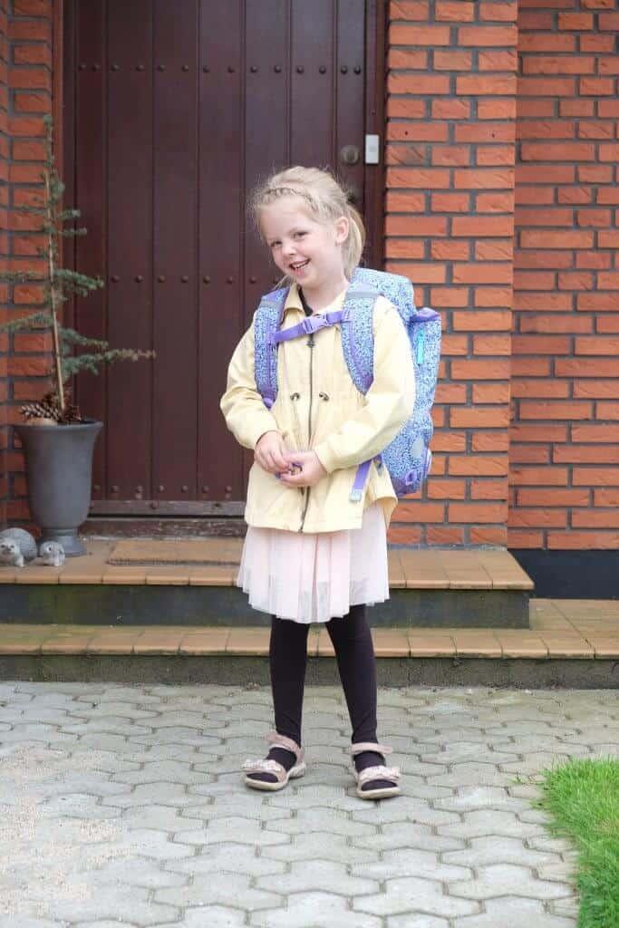 Første Skoledag, Vera